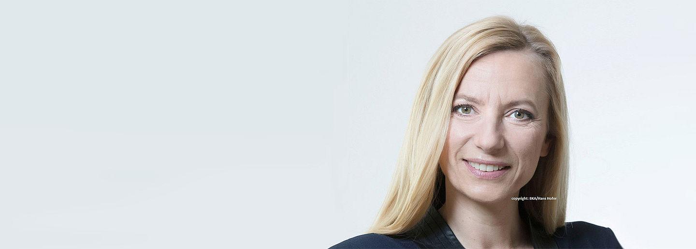 ÖGV Veranstaltungen: Morgenkaffee mit Bundesministerin Dr. Juliane Bogner-Strauss