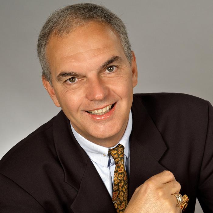 Roland Singer