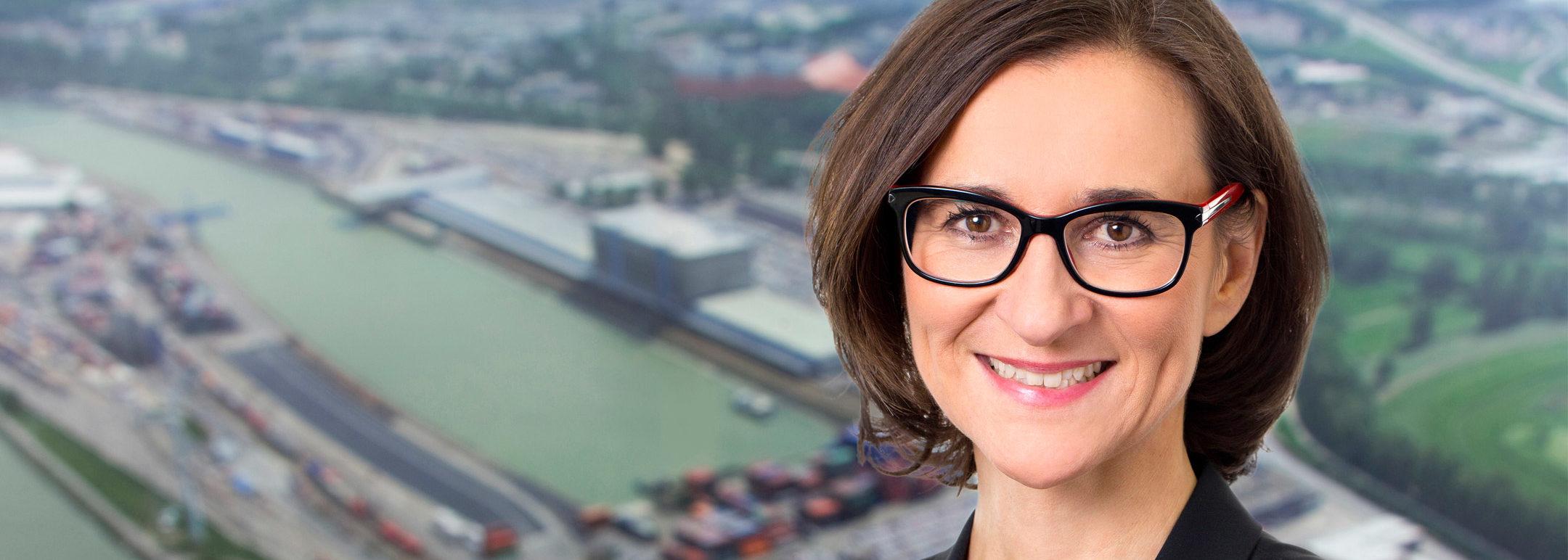 ÖGV Veranstaltungen Frau: Exkursion in den Hafen Wien