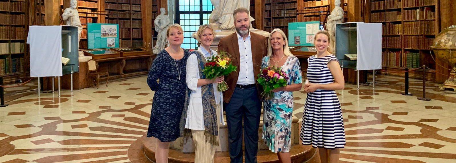 ÖGV Rückblicke Frau im ÖGV: Buchpatenschaft in der Nationalbibliothek am 13. September: eine Rückblende