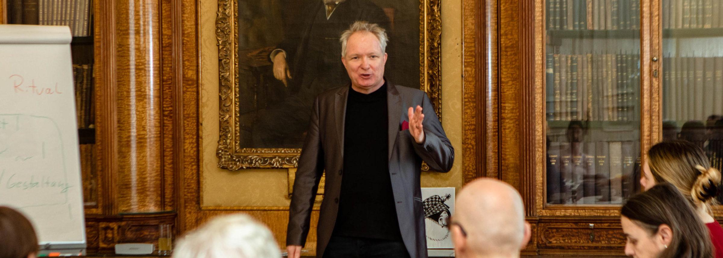 ÖGV Rückblicke: Rückblick: early bird mit Richard Blöss / Public Speaking ist ein Handwerk