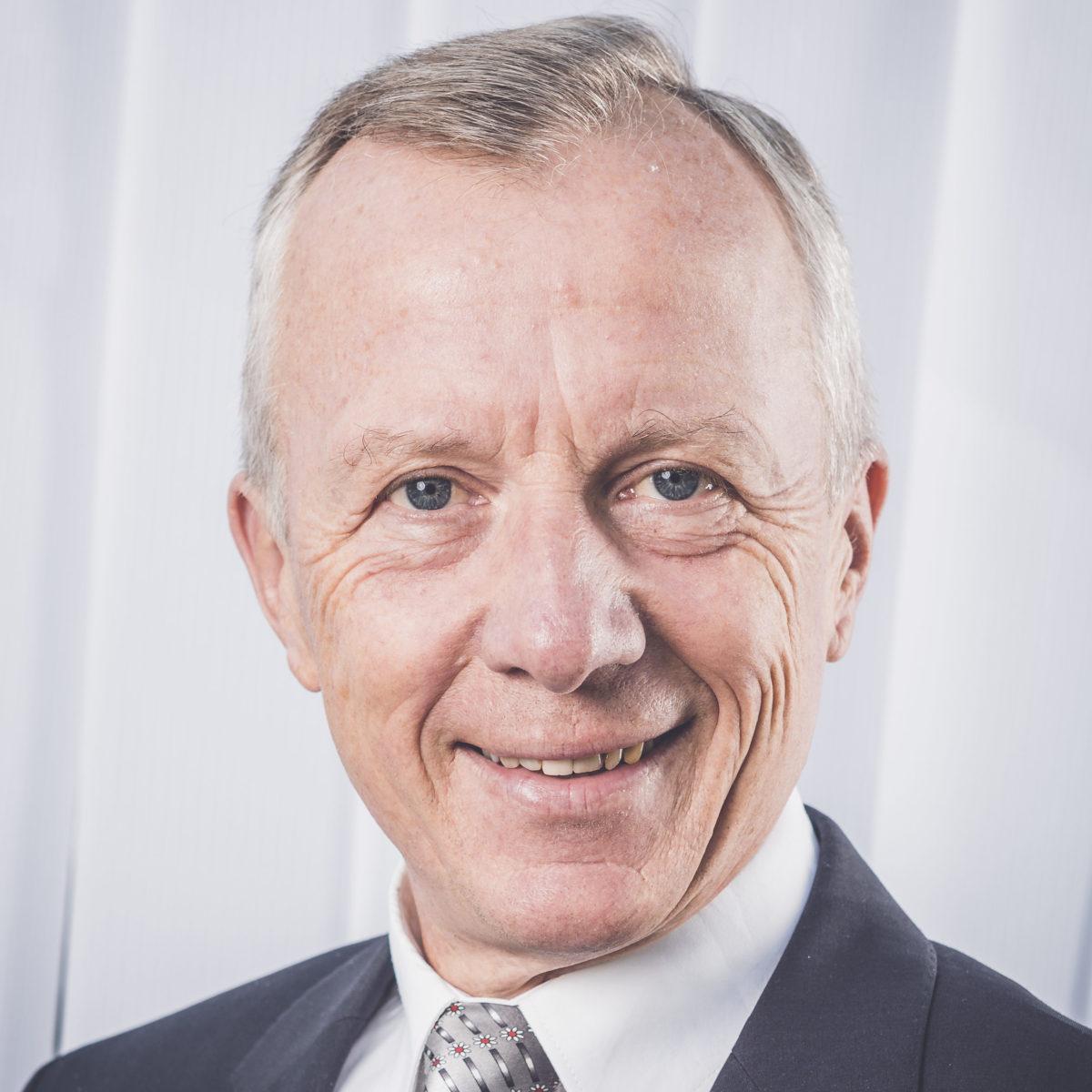 Dr. Rudolf Toifl