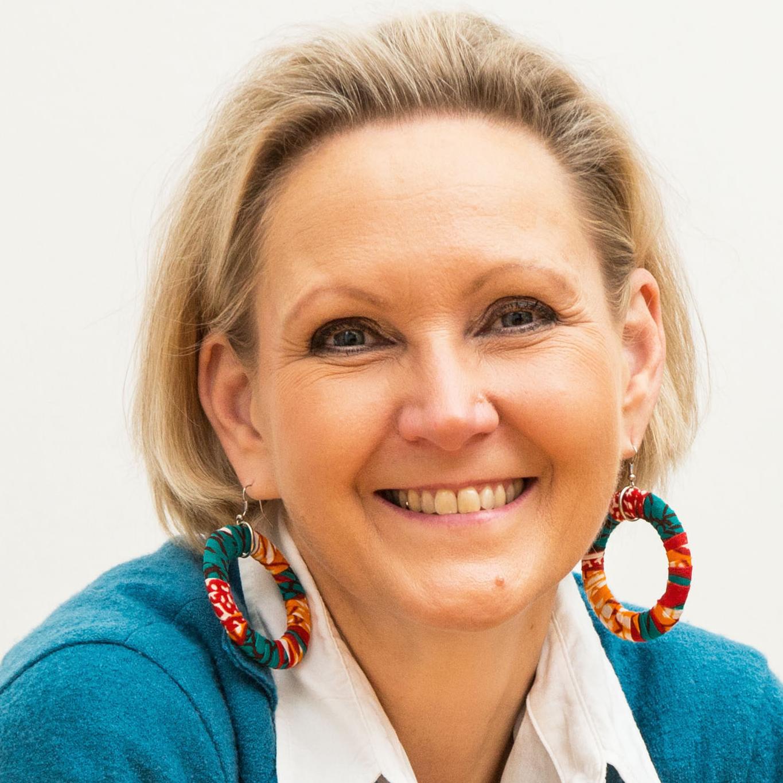 Ursula Oberhollenzer